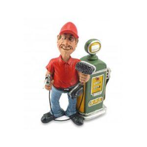 statuina benzinaio