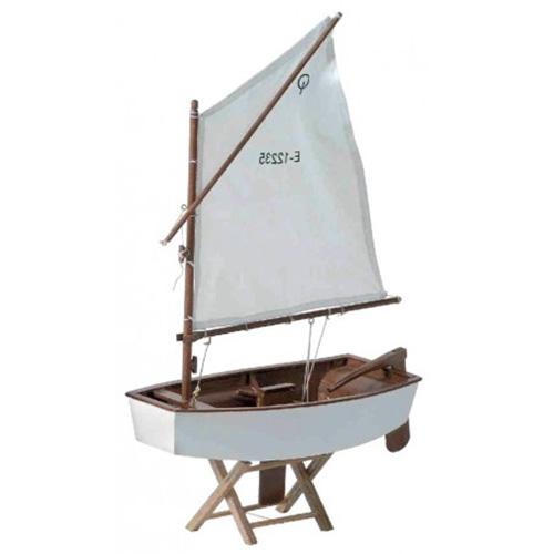 Barca a vela Optimist in legno laccato