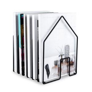 Portariviste Home nero a forma di casa in metallo Balvi